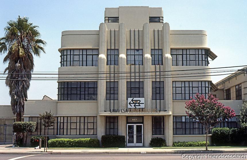 Architectures de banques et bureaux vintages - 1950's & 1960's Office & Bank  13378410