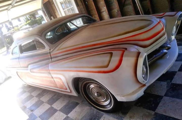 Mercury 1949 - 51  custom & mild custom galerie - Page 34 13980110