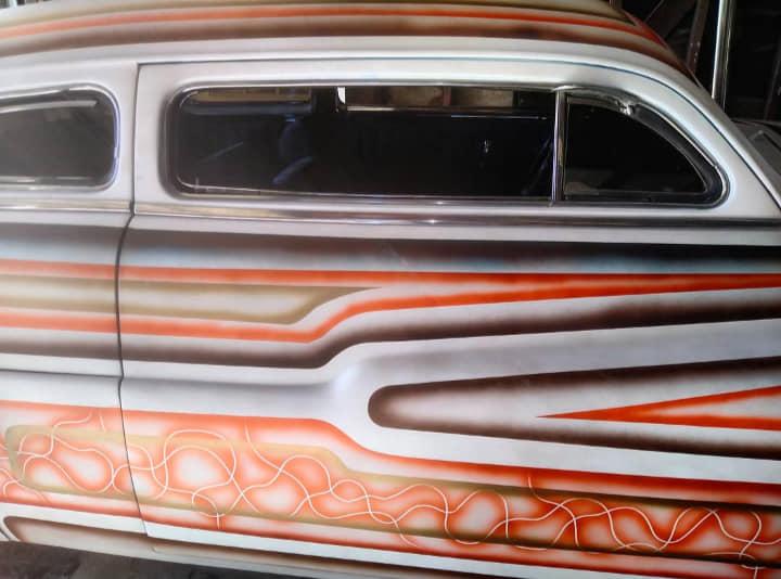 Mercury 1949 - 51  custom & mild custom galerie - Page 34 13984310
