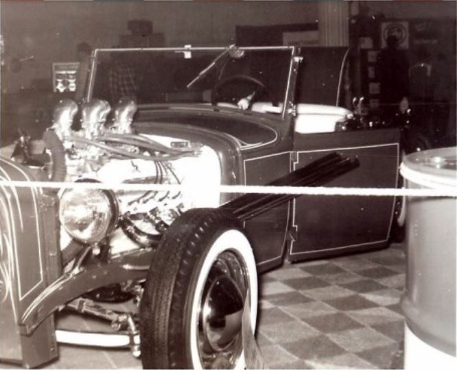 Vintage Car Show pics (50s, 60s and 70s) - Page 21 14_pip10