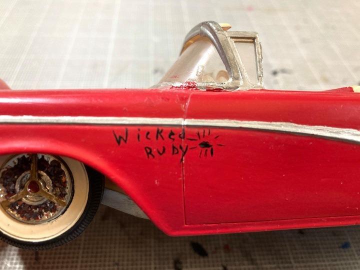 Vintage built automobile model kit survivor - Hot rod et Custom car maquettes montées anciennes - Page 14 16072011