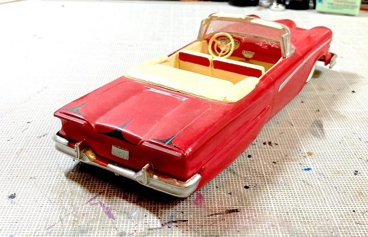 Vintage built automobile model kit survivor - Hot rod et Custom car maquettes montées anciennes - Page 14 16106710