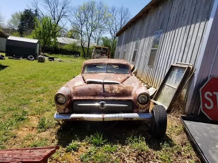Survivor custom car retrouvé dans l'Alabama 16961710