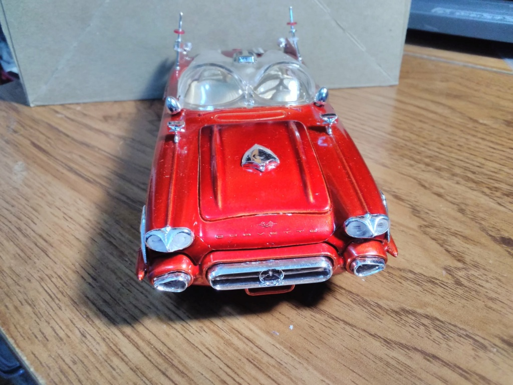 1961 Chevrolet Corvette Convertible - Amt customizing kit  17244910