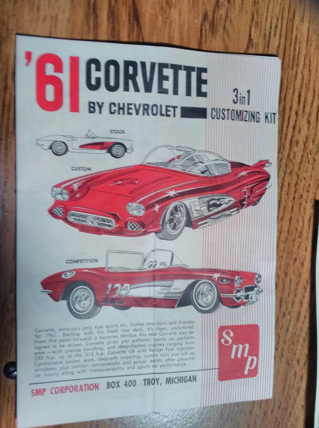 1961 Chevrolet Corvette Convertible - Amt customizing kit  17266310