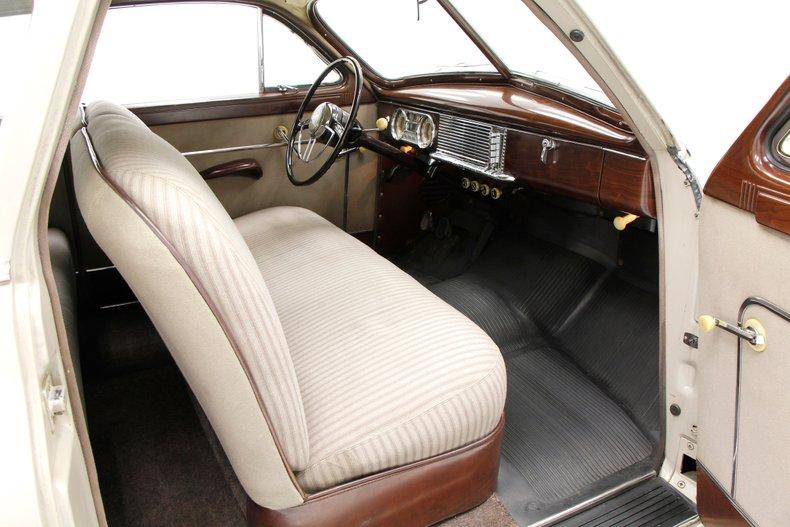 1949 Packard 23 Series Club Sedan 1949-p22