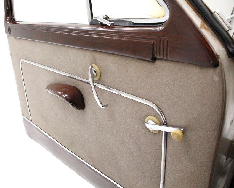 1949 Packard 23 Series Club Sedan 1949-p24