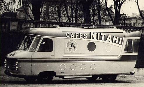 Renault Tirbois Charbonneaux - camion publicitaire Café Nitahi - Tour de France 1953-p11