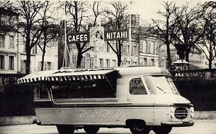 Renault Tirbois Charbonneaux - camion publicitaire Café Nitahi - Tour de France 1953-p12