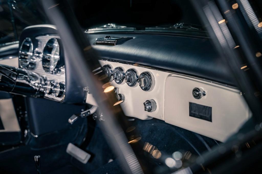 1957 Dual-Ghia Convertible 1957-d17