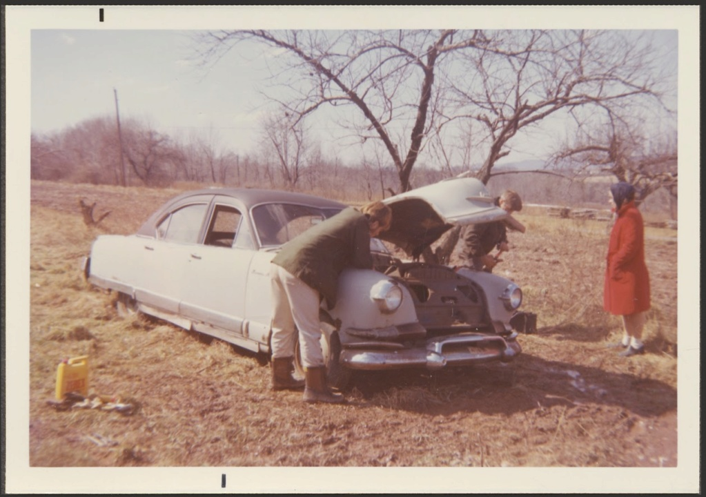 fifties & early sixties cars in situation - Vintage pics - Page 4 20_l0610