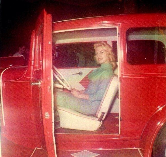 Vintage Car Show - Page 21 20a10