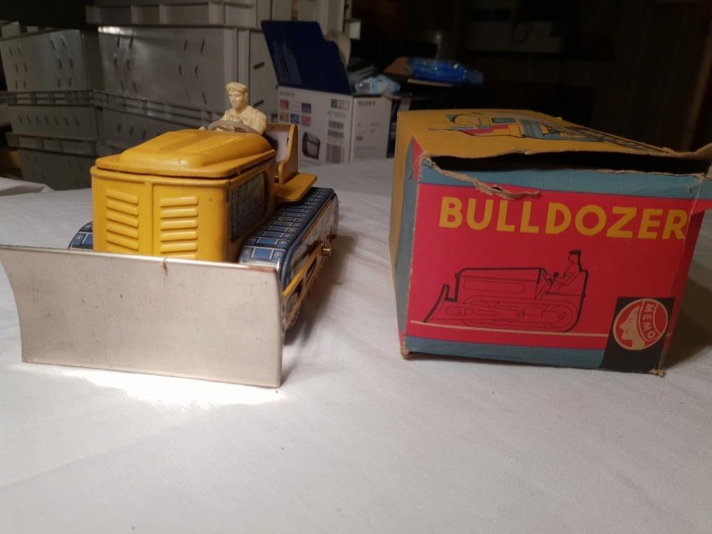 MEMO Bulldozer - jouet tole - Tin Toys - Made in France 2215