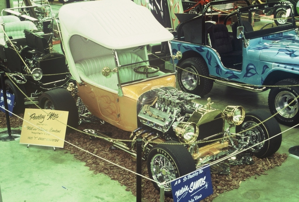 Grand National Roadster Show of the 70's - Page 3 25-his10