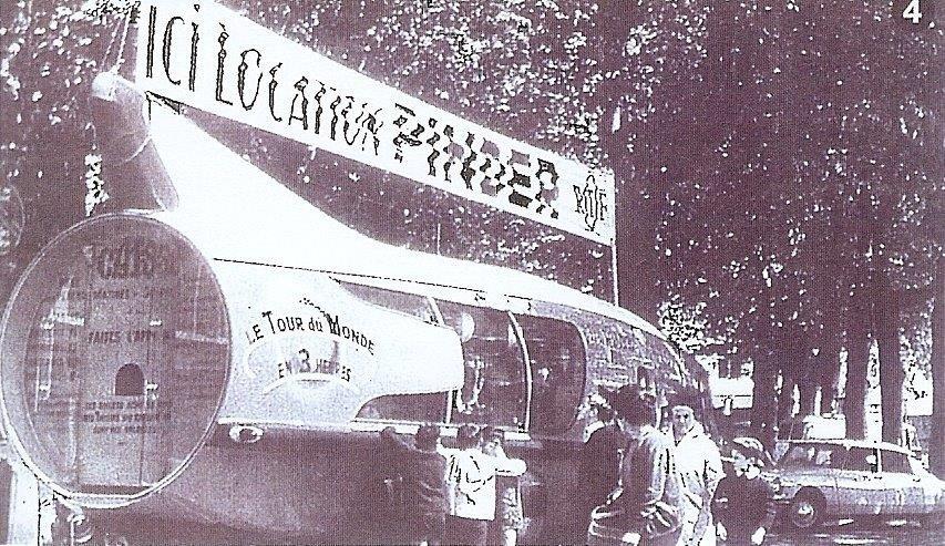 """Citroën Type 55 - Charbonneaux / LEFFONDRE"""" 1955/56 - Camion fusée frigeavia Teleavia - Cirque Pinder 29536111"""