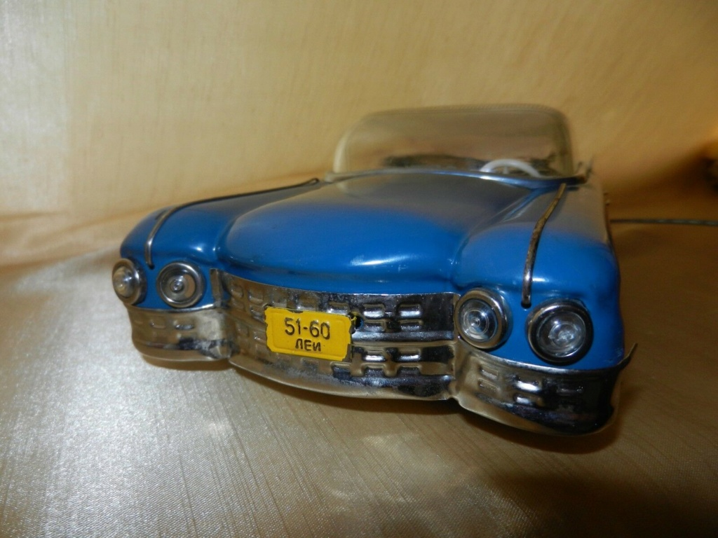 1959 RUSSIAN TIN TOY LIMOUSINE CADILLAC  2g13