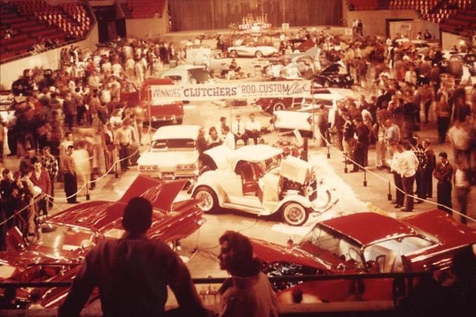 Vintage Car Show - Page 20 30743010