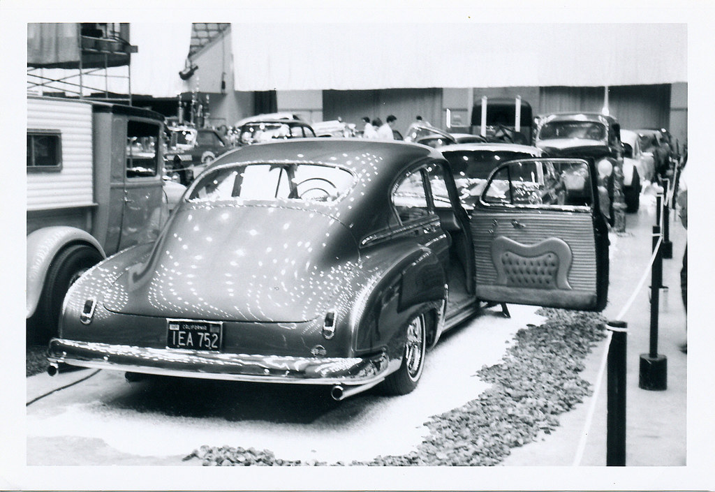 Howard Gribble - photographer and a lowrider and custom car historian from Torrance, California - Page 2 31613610