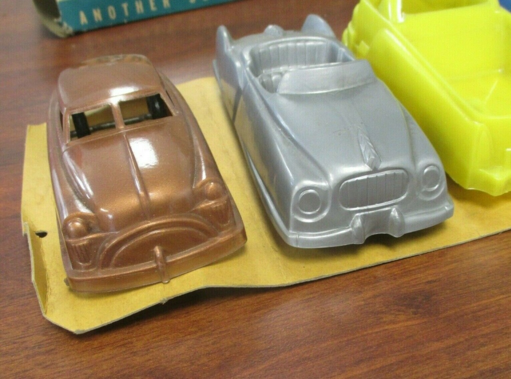 Cars of tomorrow -  plastic futuristic car - early 1950s - archer 340
