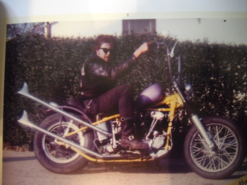 "Vintage Pics of bobbers Choppers & bikers from  the book 'Halfway to Berdoo 1961-1965"" 35644310"
