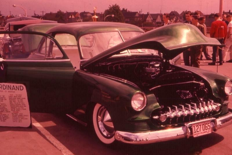 Vintage Car Show - Page 20 36759610