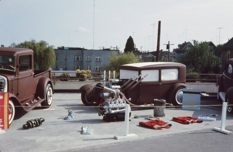 "Hot rod in street - Vintage pics - ""Photos rétros"" -  - Page 6 36762510"