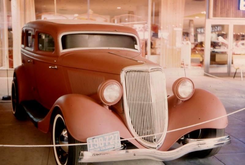 Vintage Car Show - Page 20 36818810