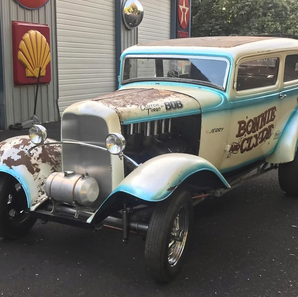 """The """"Bonnie and Clyde"""" 1932 Ford drag sedan, built in the late 50s 41531810"""