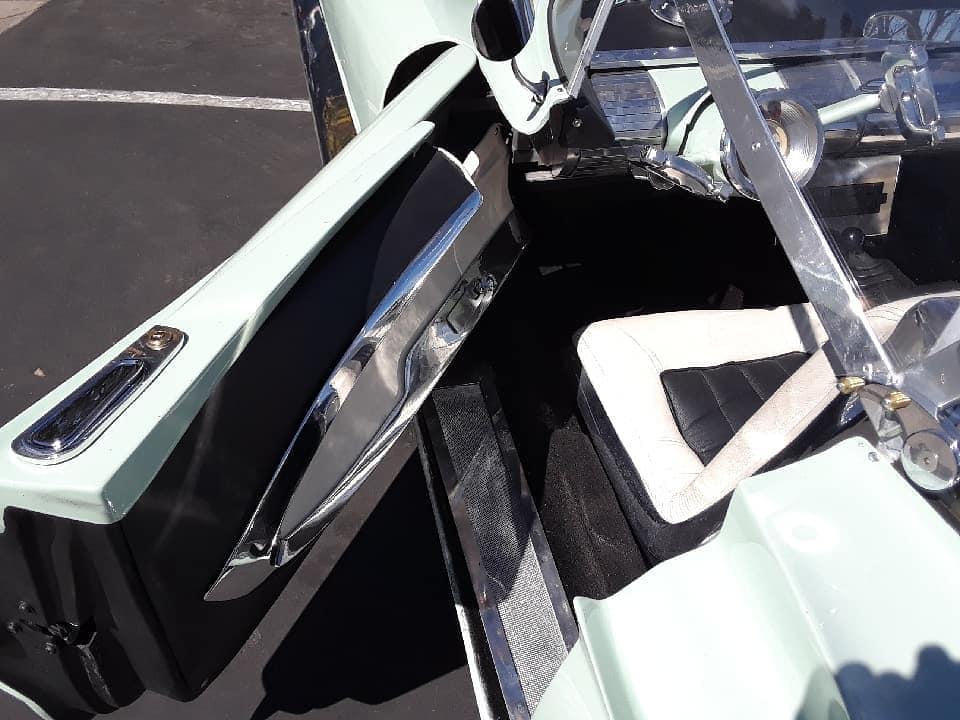 Lincoln Futura replique - Gotham Garage 41960010