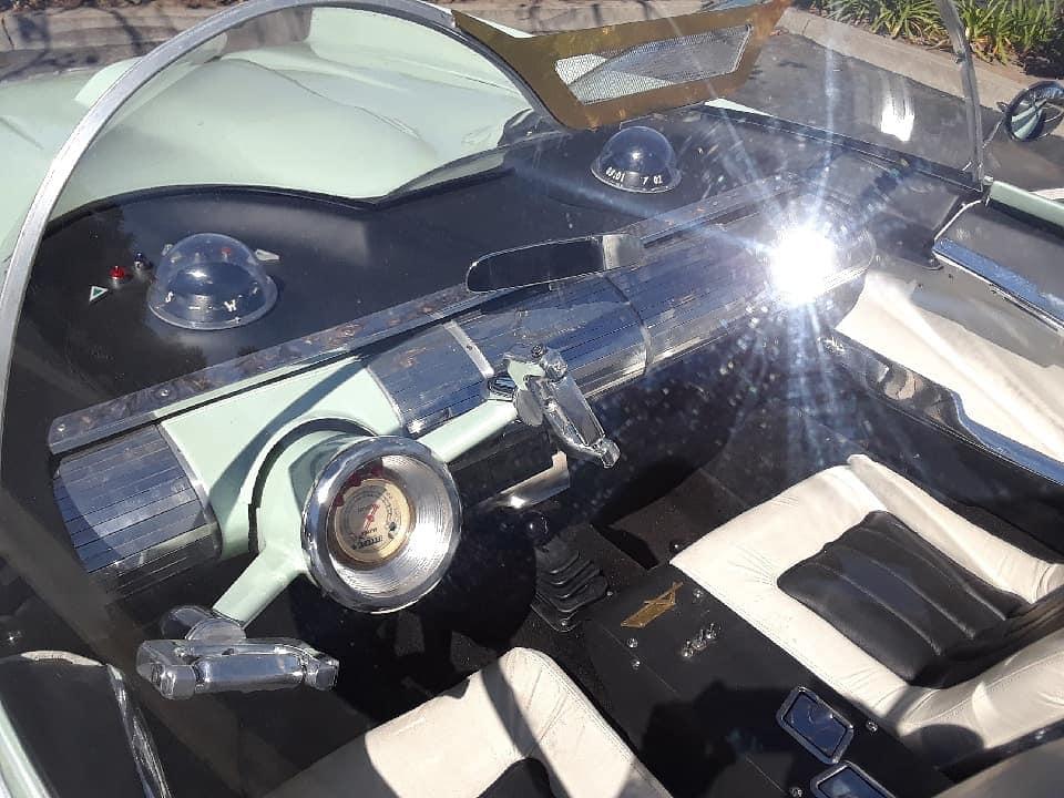Lincoln Futura replique - Gotham Garage 41991310