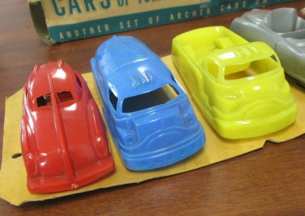 Cars of tomorrow -  plastic futuristic car - early 1950s - archer 440