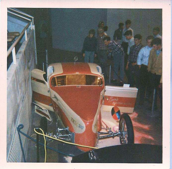 Vintage Car Show pics (50s, 60s and 70s) - Page 21 44961410