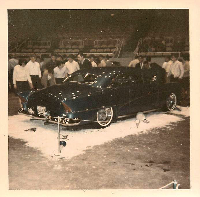 Vintage Car Show pics (50s, 60s and 70s) - Page 21 44974710