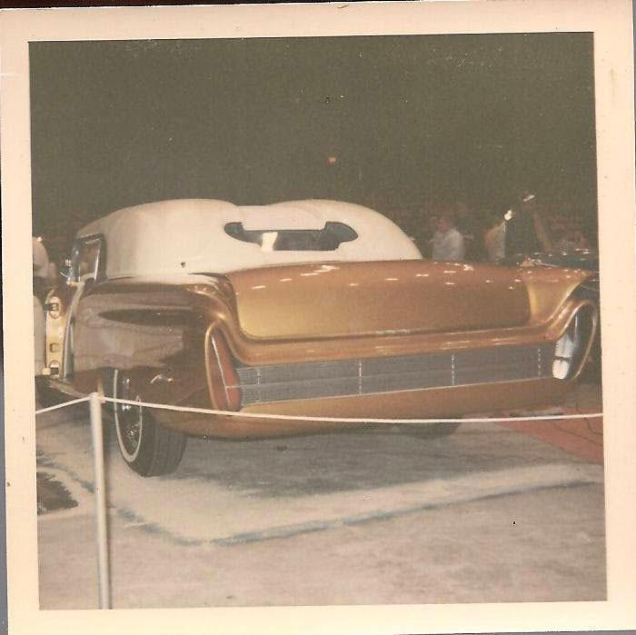 Vintage Car Show - Page 21 44998611