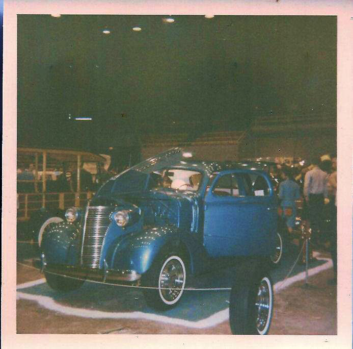 Vintage Car Show pics (50s, 60s and 70s) - Page 21 45017710