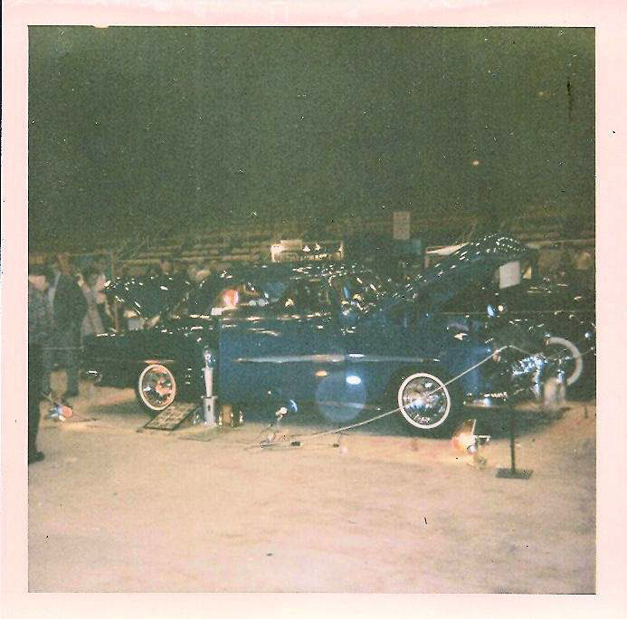 Vintage Car Show pics (50s, 60s and 70s) - Page 21 45022110