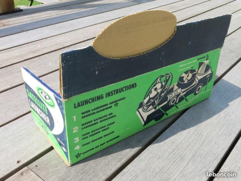 Satellite Launcher - american vintage plastic toy 463c6810