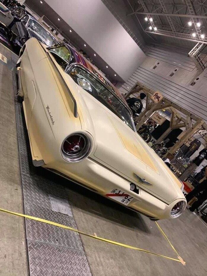Ford Thunderbird 1961 - 1963 custom & mild custom - Page 4 48189110