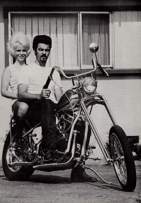 Photo Vintage -vintage pics - Chopper & Bobber - Page 3 49505510