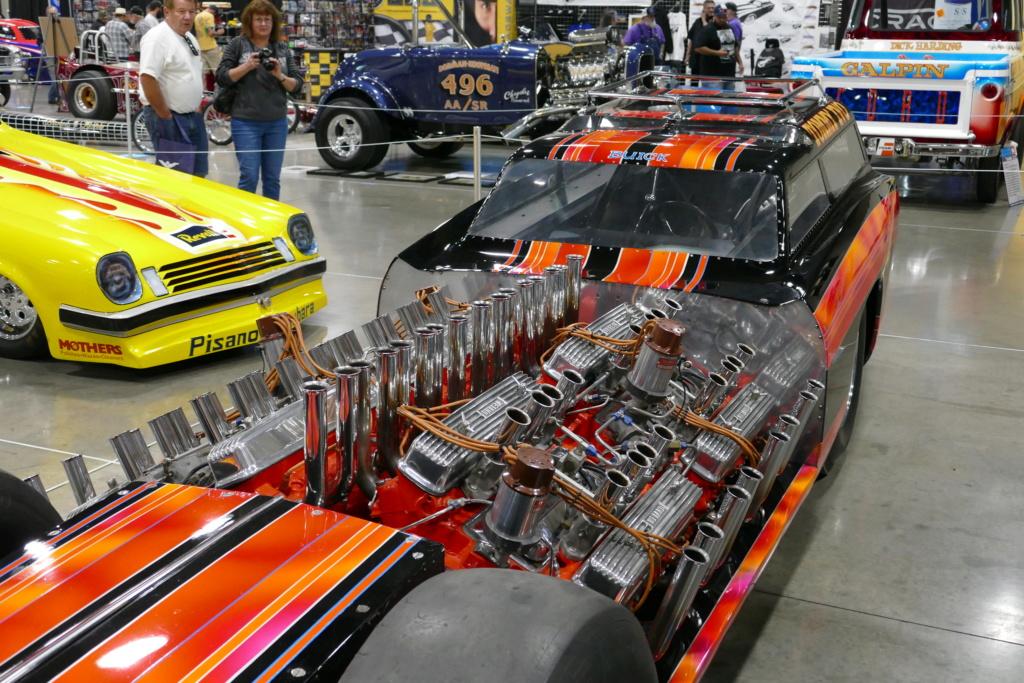 Tommy Ivo 'T.V.' Showboat - dragster with four (4) V8 49556813