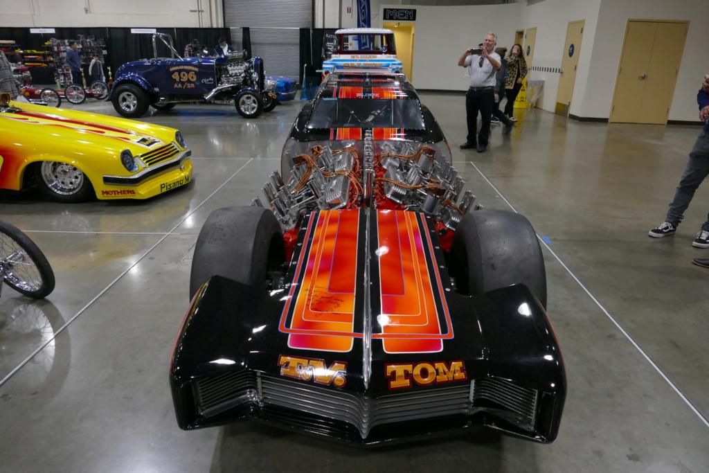 Tommy Ivo 'T.V.' Showboat - dragster with four (4) V8 49556814