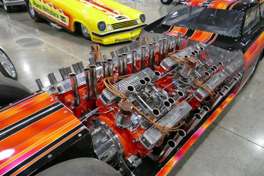 Tommy Ivo 'T.V.' Showboat - dragster with four (4) V8 49556816