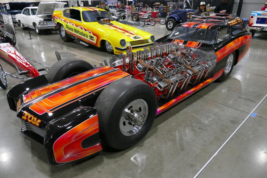 Tommy Ivo 'T.V.' Showboat - dragster with four (4) V8 49557010