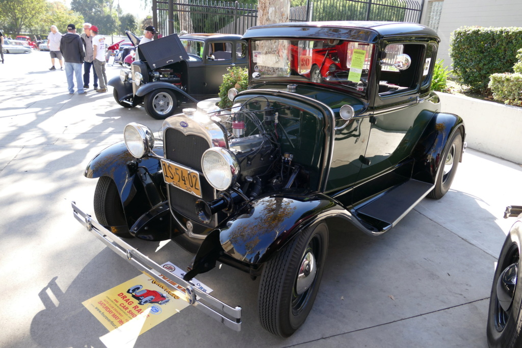 Traditional hot rods to 40s, 50s and 60s 49574811