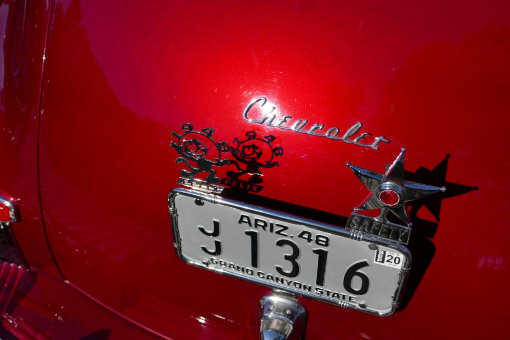 1946 - 48 Chevrolet Lowrider - Bombs 49580213