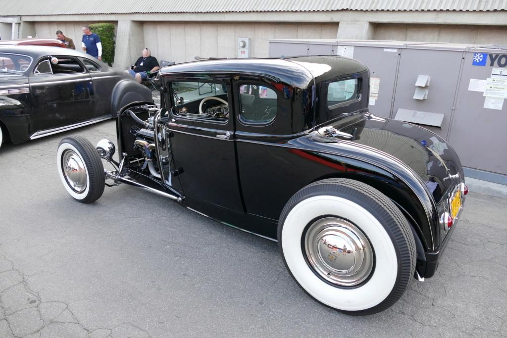 Traditional hot rods to 40s, 50s and 60s 49613311