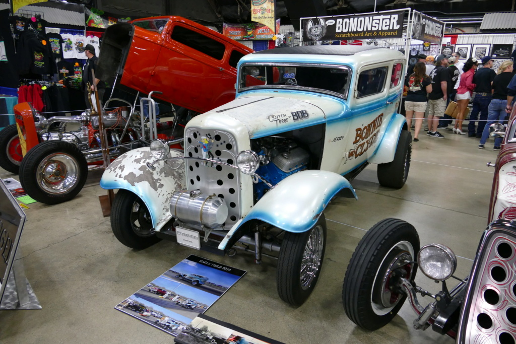 """The """"Bonnie and Clyde"""" 1932 Ford drag sedan, built in the late 50s 49669218"""