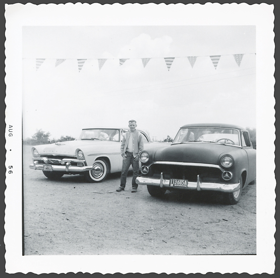 fifties & early sixties cars in situation - Vintage pics - Page 3 49_310