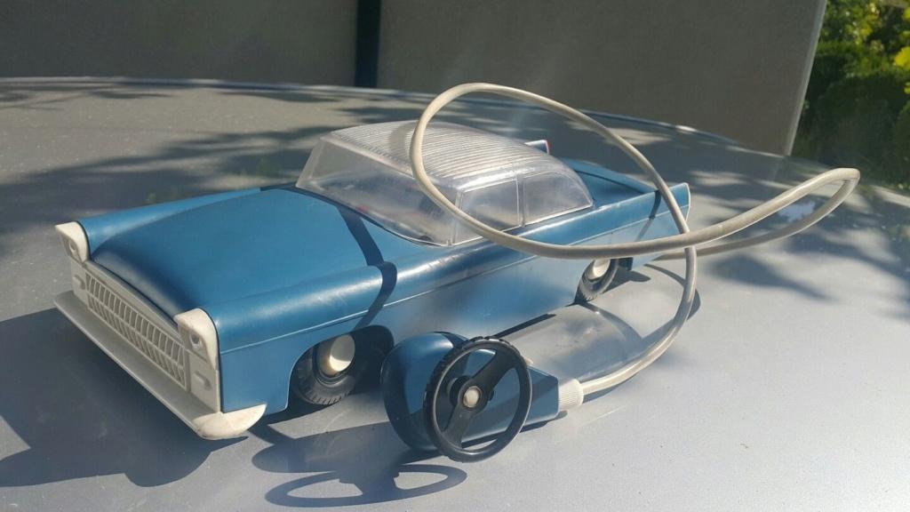 Vintage Cadillac VOLGA GAZ ZIM ZIL Jouet en plastique voiture années 1970 Remote contôlées URSS 527