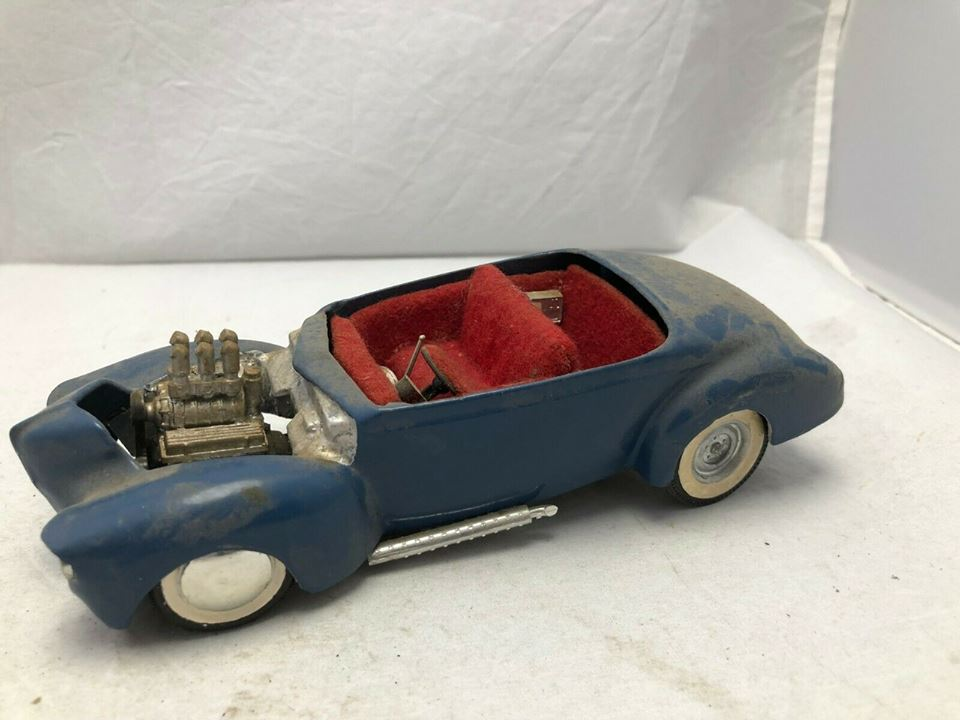1939 - 40 Ford Coupe - Trophy series - amt - 1/24 scale  53410110